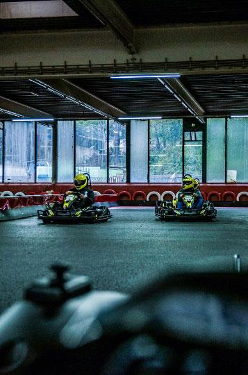 Erlebe Fahrspaß beim Gokart fahren auf der Kartbahn Wuppertal